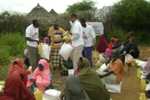 Food distributions to the displaced farming community in Somalia