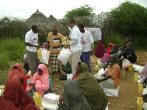 Food distributions to displaced farming community in Baidoa
